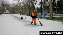 Сніг у Севастополі, 13 лютого