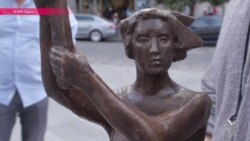 Богиня демократии поможет Чичваркину вести кулинарный блог