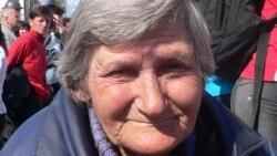 Ирина Фирипенко юксыл, йортсыз-җирсез булса да Русия бөтенлеге өчен борчылып бәйрәмгә чыккан.