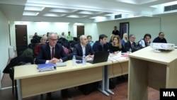 """Архивска фотографија - Екс-министерот Миле Јанакиески и екс-градоначалникот Тони Трајковски на судење за случајот """"ТНТ"""""""