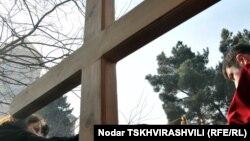 Православные активисты собирают подписи против новых удостоверений личности: они уже смогли собрать несколько десятков тысяч