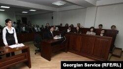 Երդվյալ ատենակալները Վրաստանի դատարաններից մեկում, արխիվ