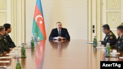 İ.Əliyev hərbçilərlə görüşür. 31 mart 2017