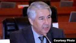 Мыктыбек Абдылдаев.
