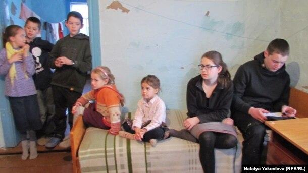 Домой в Пердск: Удивительная история семейки дебилов, которые решили вернуться в путинскую расею из загнивающей Германии.