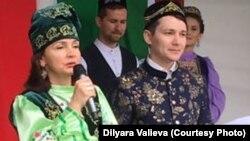 Диләрә Вәлиева (с) һәм Айдар Сөләйманов