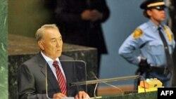 Қазақстан президенті Н.Назарбаев БҰҰ-ның 62-ші сессиясында сөз сөйлеп тұр. Нью-Йорк, 25-ші қыркүйек, 2007жыл.