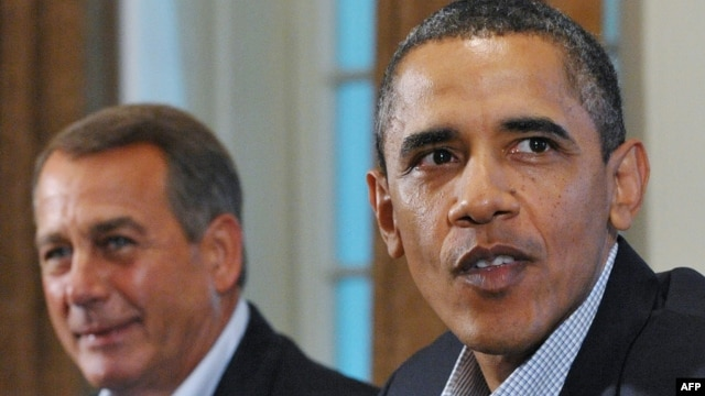 """U.S. President Barack Obama (right) and House Speaker John Boehner need to find a compromise to steer clear of the """"fiscal cliff."""""""