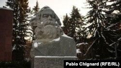 Здравствуй, Маркс, и прости