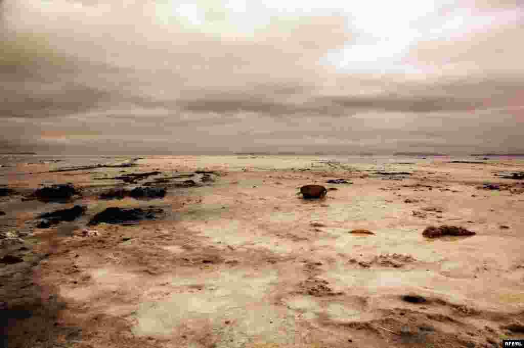 Səhraya çevrilən Urmiya gölü #2