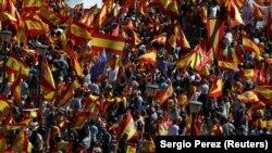 Pamje e demonstratës për unitet në Spanjë e mbajtur sot në Madrid