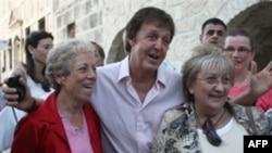 مک کارتنی اسطوره بیتلز ها را در اسرائیل زنده کرد.(عکس: AFP)