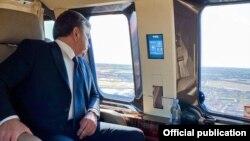 Президент Ш. Мирзиёев 2020 йил 28 апрелида Бухоро вилоятига бориб, Олот ва Қоракўлдаги табиий офатдан зарар кўрган жойларни вертолётда кўздан кечирганди