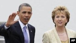Претседателите на САД и на Ирска Барак Обама и Мери Мекалис