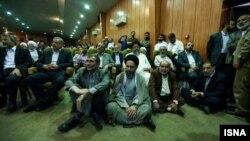 یکی از نشستهای موسوم به همگرایی اصولگرایان در مهرماه ۹۳