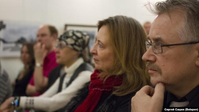 Крайнія справа: Людміла Рублеўская, Віктар Шніп. 2015