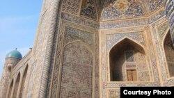 Специалисты считают, что 156 тысяч туристов в год - это очень маленькая цифра для Узбекистана с таким богатством исторических объектов.