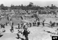 Лагерь принудительного труда в Камбодже. 1970-е годы
