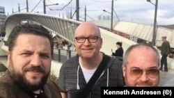 Kosovë: Kenneth Andresen me kolegët e tij, Abit Hoxha nga Universiteti i Agderit dhe Profesor James Sweeney nga Universiteti i Lancasterit (Mitrovicë, 2018).