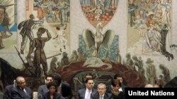 Gjatë diskutimeve në Këshillin e Sigurimit, 31 maj 2010.