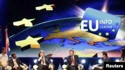 Челниците на ЕУ на панел дискусија во Белград.