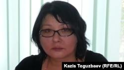 """Накануне"" сайтының иесі Гузяль Байдалинова. Алматы, 8 маусым 2015 жыл."