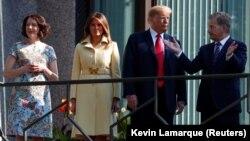Президент США Дональд Трамп, первая леди Мелания Трамп, президент Финляндии Саули Ниинистё, его жена Дженни Хаукио