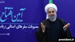رئیسجمهوری ایران، «توسعه پایدار» را تنها در سایه مبارزه با فساد ممکن دانست