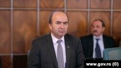 Ministrul justitției, Tudorel Toader, vrea să controleze nominalizările pentru procuror european