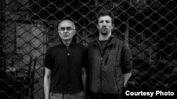 Італійський журналіст Андреа Роккеллі (праворуч) та російський правозахисник Андрій Миронов, загиблі під Слов'янськом