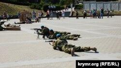 Российские десантники в День ВДВ в Севастополе, 2 августа 2019 года