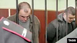 Підсудні Микола Протасов (зліва) і Валерій Костенко під час судового процесу