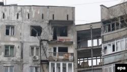 Мариуполь в последние сутки подвергся артиллерийскому обстрелу, 20 человек убиты, десятки ранены