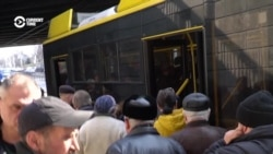 Chaos, Anger In Kyiv Amid Coronavirus Subway Closure