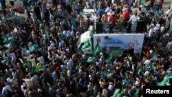 Наваз Шарифтин жактоочулары ал камакка алынган күнү. Лахор, 13-июль, 2018-жыл.