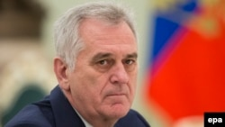 Serbian President Tomislav Nikolic said Russian President Vladimir Putin promised to back Serbia's claim to Kosovo.
