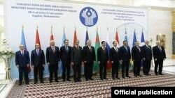 ԱՊՀ վարչապետների Աշգաբատի նիստի մասնակիցները