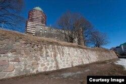 Вал Выборгского замка. Фотография предоставлена А. Коломойским