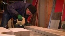 Мастер по мебели Айдарбек Орозалиев: Научился всему сам