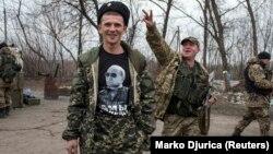 Иллюстративное фото. Боевики группировки «ДНР» на блокпосту к северо-западу от оккупированного Донецка, 2015 год