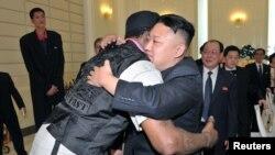 Баскетболист Деннис Родман и лидер КНДР Ким Чен Ын