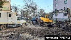 Дорожные работы на улице Айвазовского в Керчи, февраль 2019 год