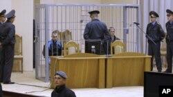Обвиняемые на заседании суда по делу о теракте в минском метро