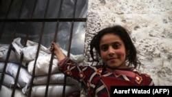 Сирийская девочка в провинции Идлиб, 10 марта 2020 года.
