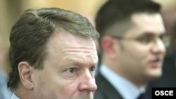 Predsedavajući OSCE-a Ilkka Kanerva u razgovoru sa Vukom Jeremićem, u Beogradu, 5. februara.