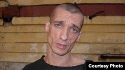 Россиялик рассом Петр Павленский.