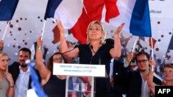 Marine Le Pen, 3 septembrie 2016