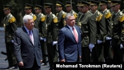 Jordanski kralj Abdulah II i palestinski predsjednii Mahmud Abas, 7. avtust 2017.