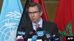 Бернардіно Леон повідомляє про результати переговорів щодо Лівії, Шкірат, Марокко, 9 червня 2015 року