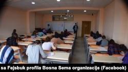 Jedna od škola Bosna Sema